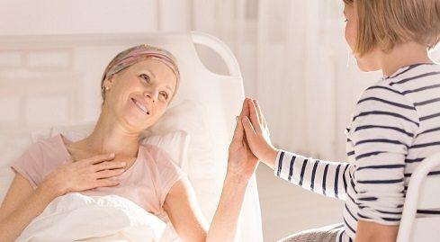 با فردی که مبتلا به سرطان است چگونه برخورد کنیم؟