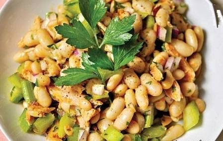 طرز تهیه خوراک کرفس و لوبیا