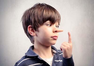 با کودکی که دروغ می گوید چه کنیم؟