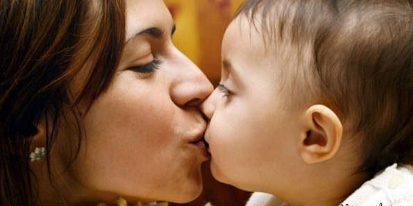 این قسمت از بدن نوزاد را بوس نکنید زیرا خطرناک است!