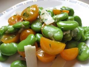 طرز تهیه سالاد باقالا و پنیر غذایی گیاهی و مقوی