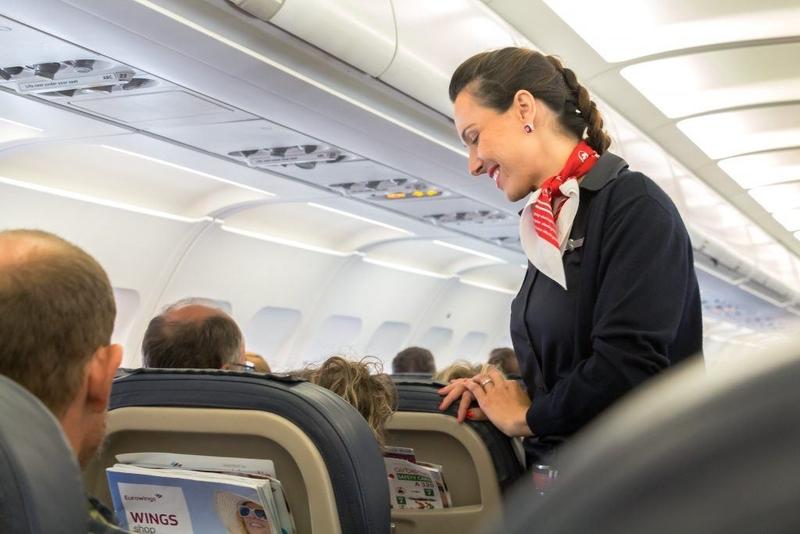 فوت مسافر در هواپیما