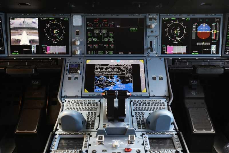 اطلاعاتی جالب در مورد غذای خلبان ها و خدمه پرواز که با مسافران هم تفاوت دارد!