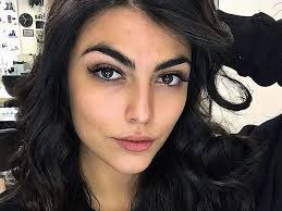 جولیا سالمی
