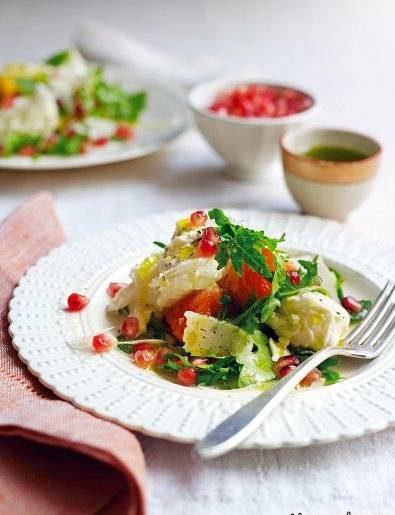 طرز تهیه سالاد موزارلا با میوه های زمستانه