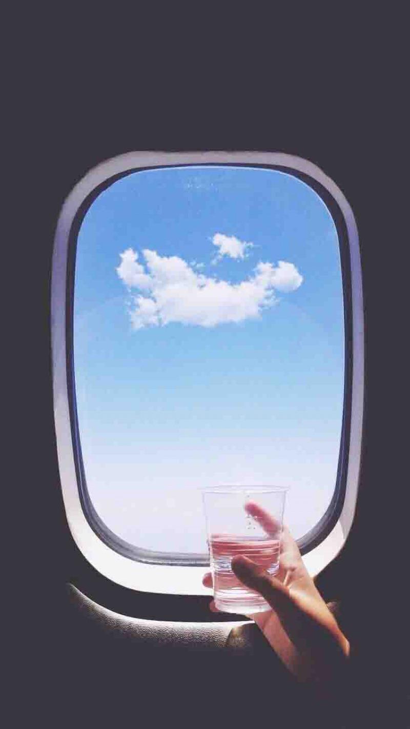 چرا هنگام پرواز با هواپیما بدن رطوبت از دست می دهد؟