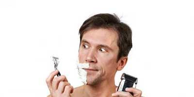 اصلاح صورت با ریش تراش بهتر است یا با تیغ؟