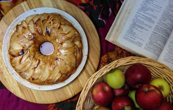 طرز تهیه پانت کیک سیب دارچینی