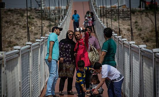 طولانیترین پل معلق خاورمیانه پل معلق مشگین شهر + تصاویر