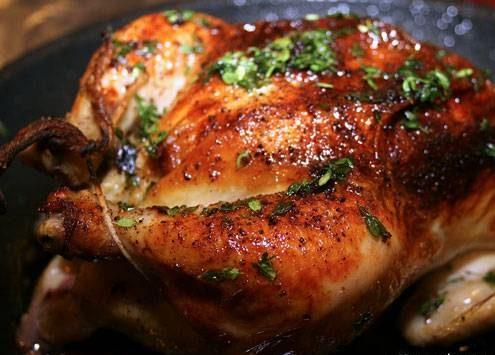 طرز تهیه مرغ بریان با پاپریکا و سیر