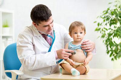 اسهال و استفراغ کودکان، علائم و درمان این بیماری