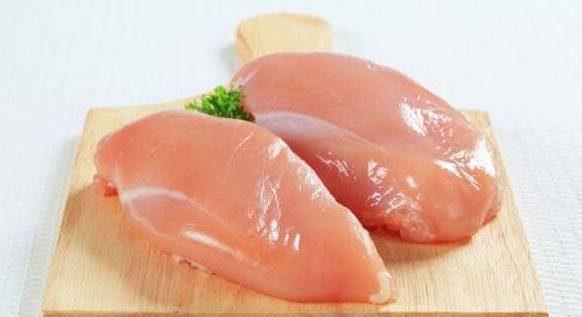 فینگر فود با سینه مرغ و سس پنیر
