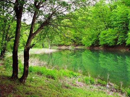 دریاچه میانشه دریاچه چورت