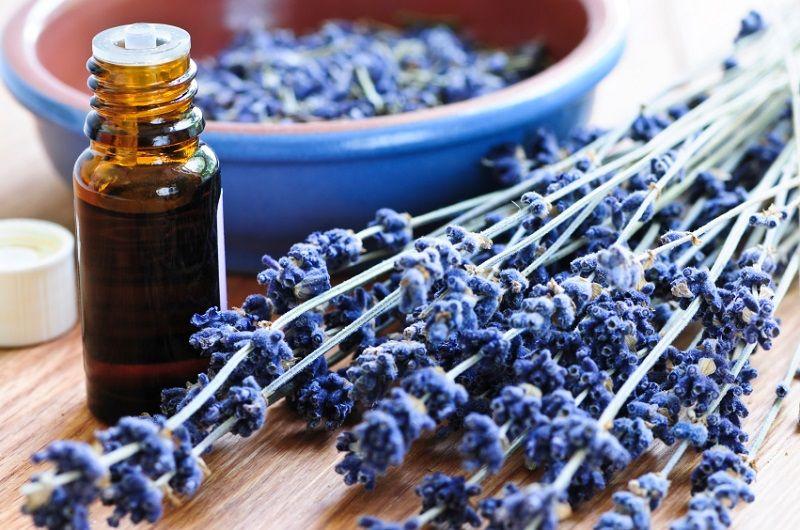 استفاده از روغن های گیاهی برای تعادل هورمونی زنان