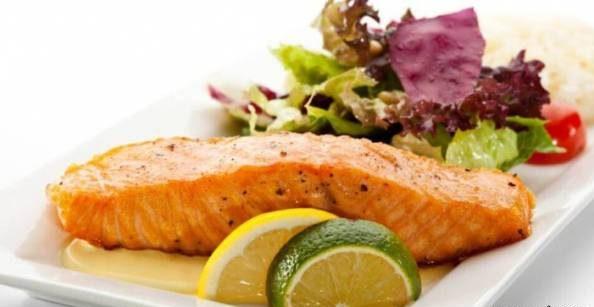 طرز تهیه ماهی سالمون با سس لیمو با طعمی عالی