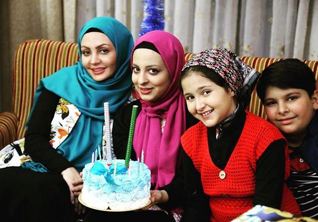 Photo of سارا احمدیان؛ بیوگرافی و عکس های سارا احمدیان و همسرش و خانواده اش