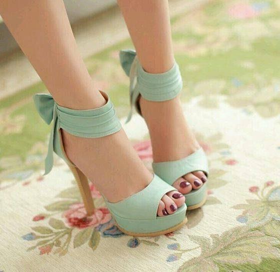 مدل های کفش پاشنه بلند جلو باز بند دار دخترانه