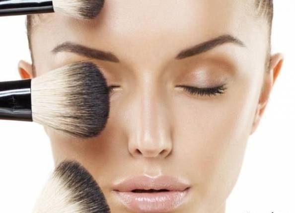 این عادت های آرایشی شما را بیمار می کنند