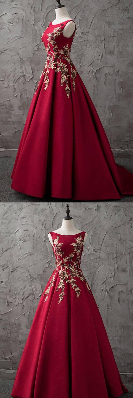 راهنمای انتخاب لباس مجلسی برای خانمهای لاغر اندام