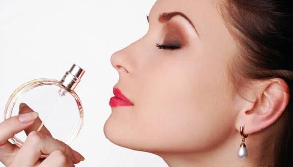 اگر پوست شما حساس است این 6 ماده را مصرف نکنید
