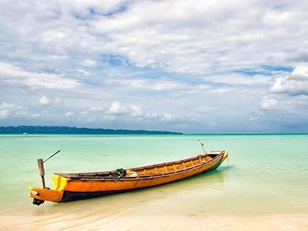 نگاهی به زیباترین سواحل دنیا با ساحل فیروزه ای