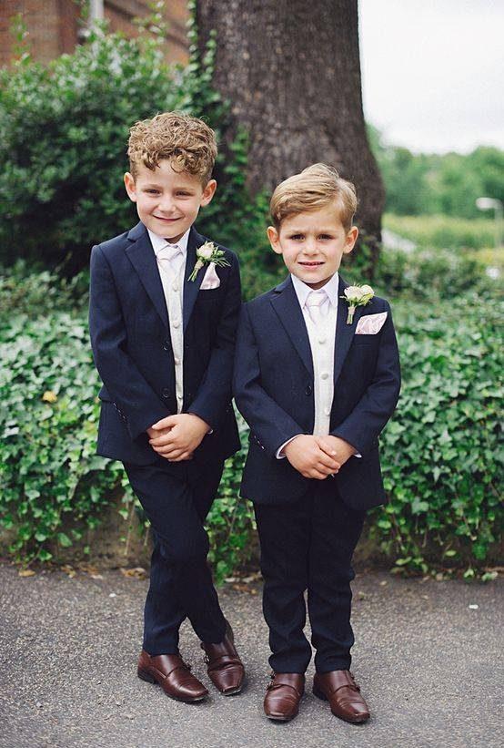 تیپ پسربچه ها در مراسم عروسی