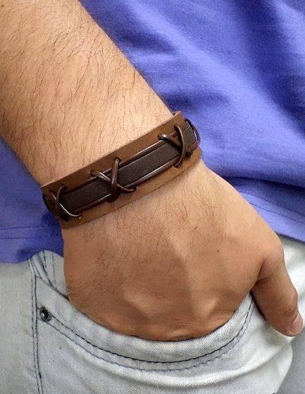 مدل های دستبند چرم پسرانه به همراه پلاک طلا و اسم