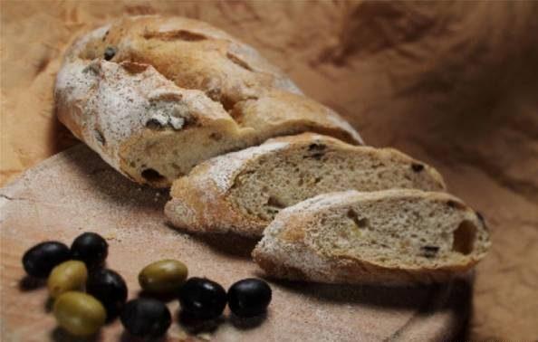 نان زیتون