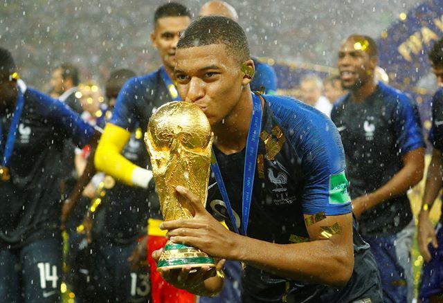 عکس های قهرمانی تیم فرانسه
