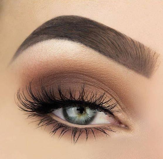 آموزش آرایش چشم لایت