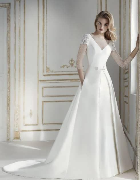 bRIDAL dRESS 12 1 e1531225200136 مدل لباس عروس ایرانی در انواع طرح های ویژه عروس خانم های زیبای ایرانی مدل لباس