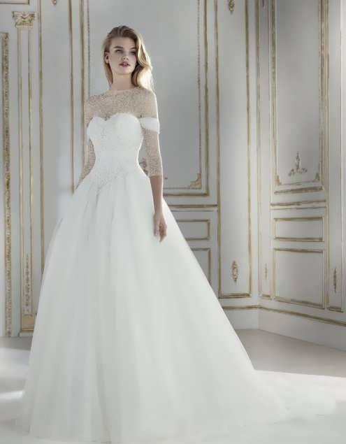 bRIDAL dRESS 20 e1531225365835 مدل لباس عروس ایرانی در انواع طرح های ویژه عروس خانم های زیبای ایرانی مدل لباس