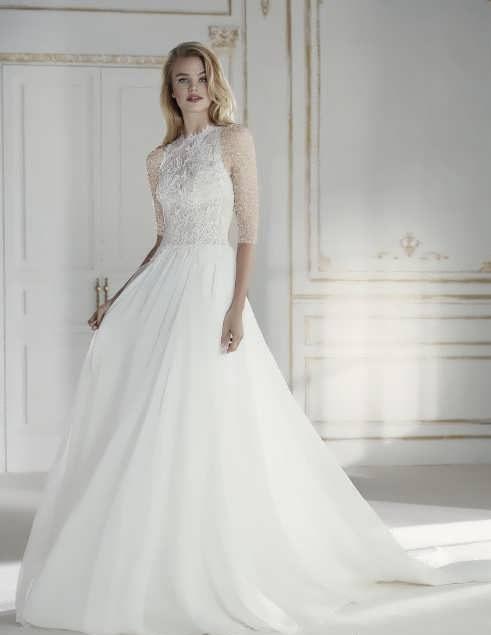 bRIDAL dRESS 29 e1531225795909 مدل لباس عروس ایرانی در انواع طرح های ویژه عروس خانم های زیبای ایرانی مدل لباس