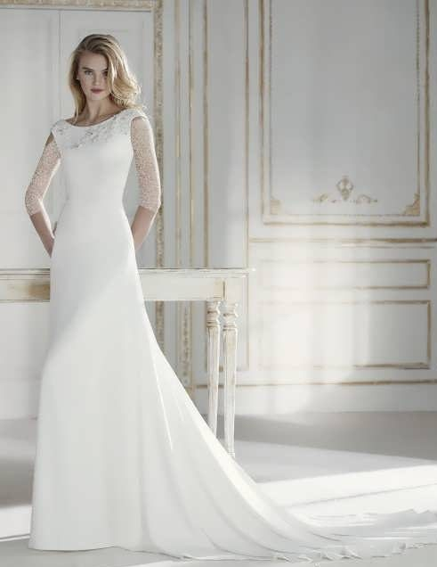 bRIDAL dRESS 32 e1531225851106 مدل لباس عروس ایرانی در انواع طرح های ویژه عروس خانم های زیبای ایرانی مدل لباس
