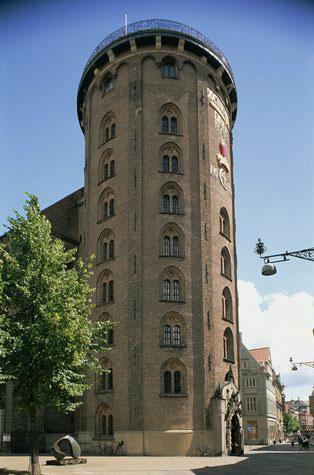 نگاهی به برج مدور کپنهاگ یکی از دیدنی های دانمارک