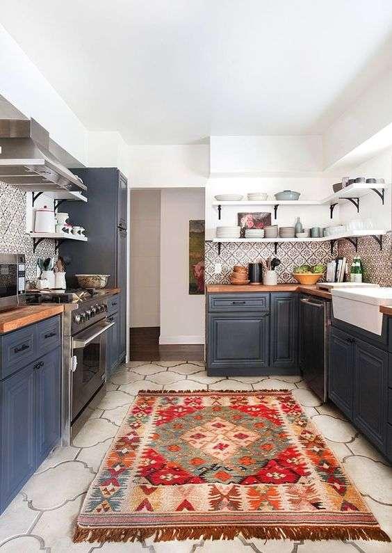 فرش و گلیم آشپزخانه