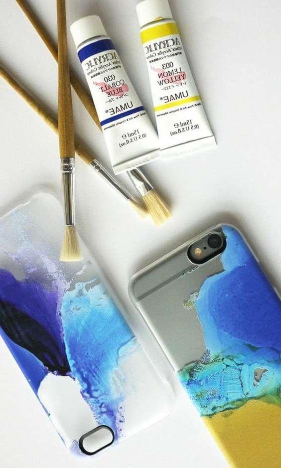 نقاشی کردن روی قاب گوشی
