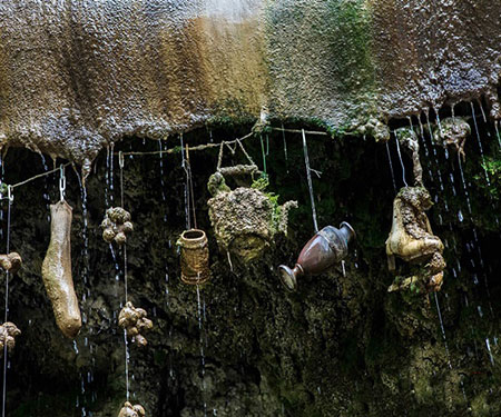 چاه شیطانی و سنگ کننده نارسبورو