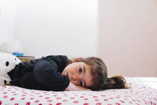 دیر خوابیدن کودک