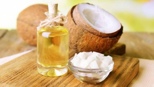 درمان ترک پوست با روغن نارگیل