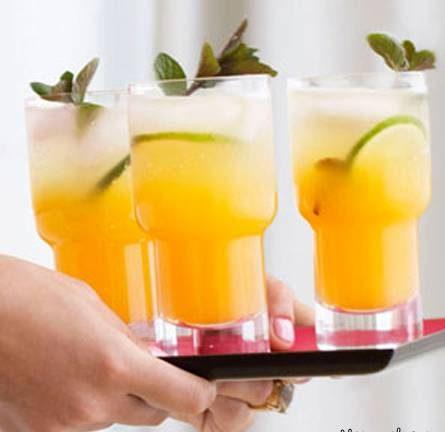 کوکتل میوه ای با ترکیب چند آبمیوه