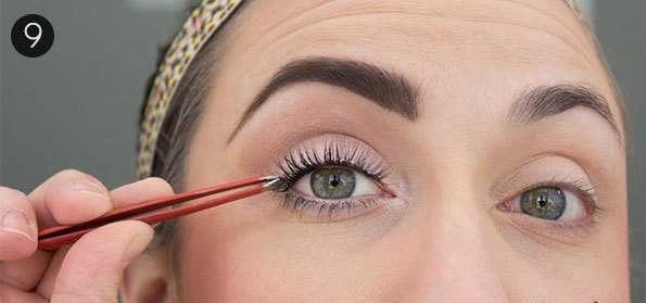 آموزش تصویری آرایش جذاب برای درشت کردن چشمان ریز {hendevaneh.com}{سایتهندوانه} - cheshm riz 5 e1537176982701 - آموزش تصویری آرایش جذاب برای درشت کردن چشمان ریز