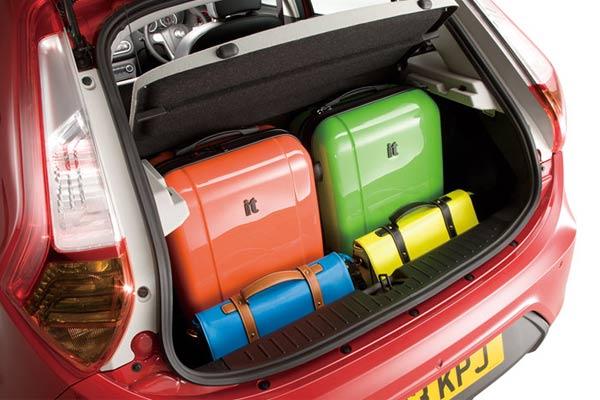 ام جی 3 (MG 3) مشخصات و قیمت خودرو و عکس های خودروی ام جی سه