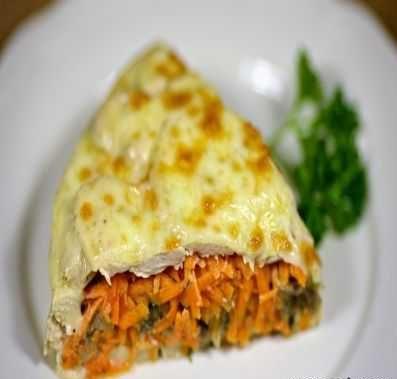 مرغ لایه ای پر شده با قارچ و هویج
