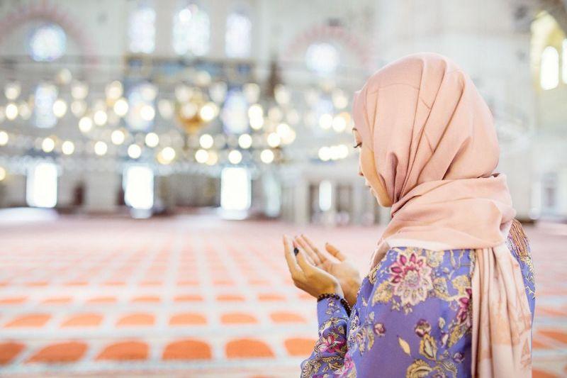 نماز خواندن در دوران بارداری چگونه است و چطور خوانده می شود؟