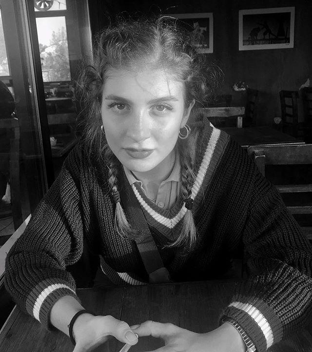 بیوگرافی چائلا ایرماک؛ عکس های چائلا ایرماک و همسرش و زندگی شخصی بازیگر ترک