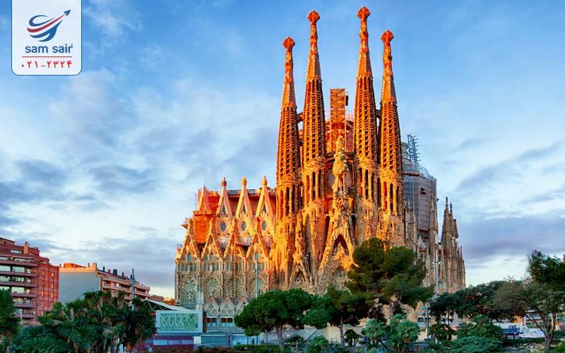 چرا در تور اسپانیا باید به بارسلونا سفر کنید