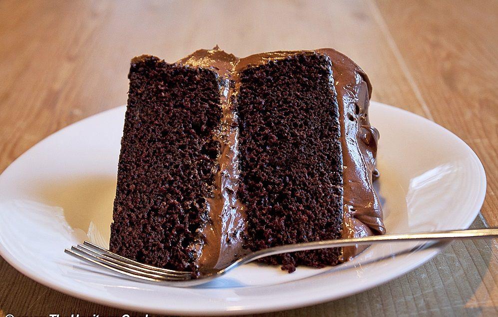 کیک شکلات گردویی