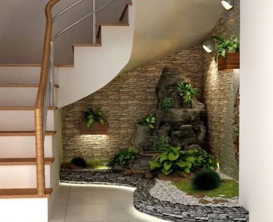 زیر راه پله