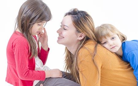 نحوه تقویت رابطه مادر و دختر | چطور رابطه بین مادر و دختر تقویت می شود؟
